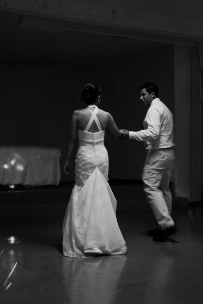 sacramento-wedding-photographer-dance.jpg