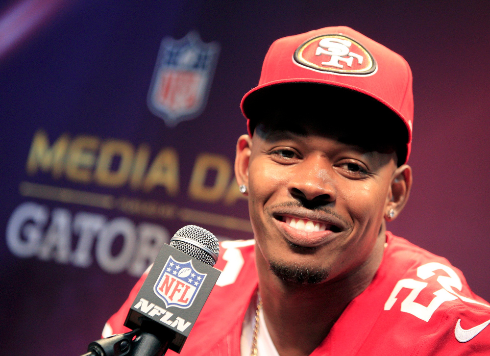 Description of . San Francisco 49ers cornerback Carlos Rogers addresses journalists during Media Day for the NFL's Super Bowl XLVII in New Orleans, Louisiana January 29, 2013. The 49ers will meet the Baltimore Ravens in the game on February 3. REUTERS/Sean Gardner