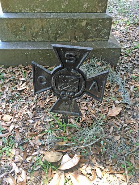Oak Grove Cemetery Iron Crosses 04-26-21