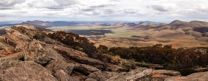 Adelaide to Flinders Ranges