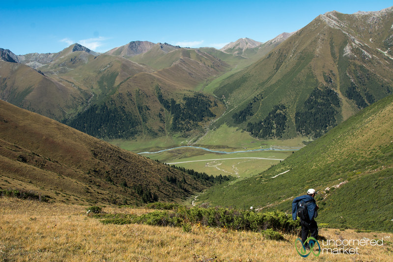 The Long Way Down from Terim Tor Bulak Pass - Jyrgalan Trek, Kyrgyzstan