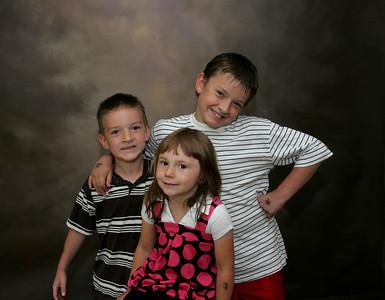 Alisha Goss & Dale Stoltzfus Family