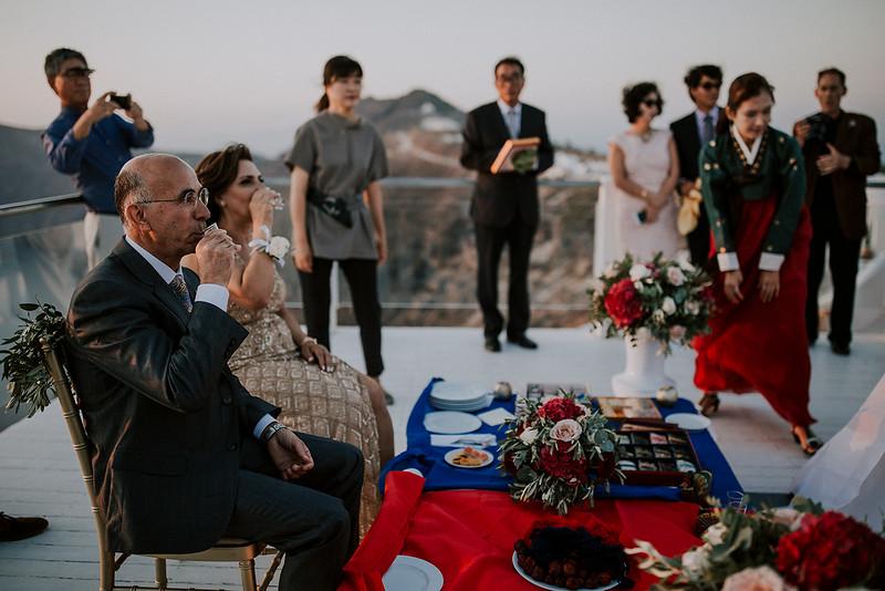 Tu-Nguyen-Destination-Wedding-Photographer-Santorini-Rocabella-Hotel-Euna-Ehsan-653.jpg