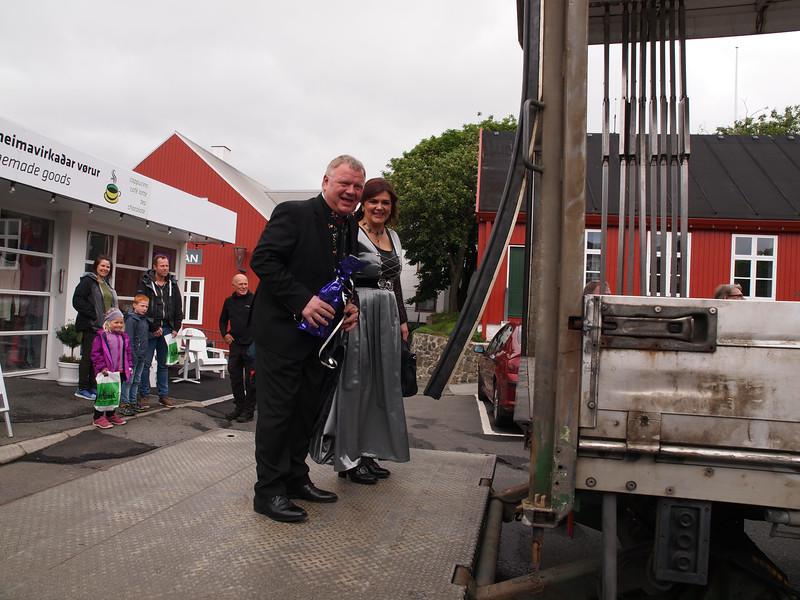Sølvbryllup på ladet af en lastbil. Foto- Martin Bager-7181643.jpg
