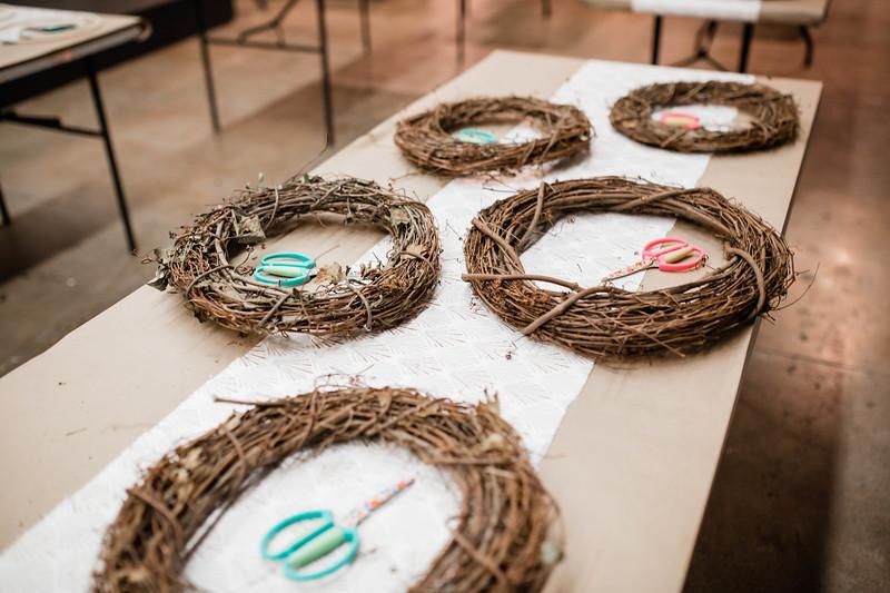 2019_12_18_wreath workshop_JE-1.jpg