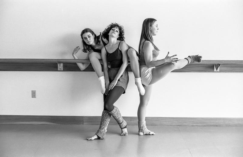 Dancers003.jpg