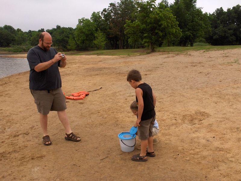 releasing the fish 5-27-05.JPG