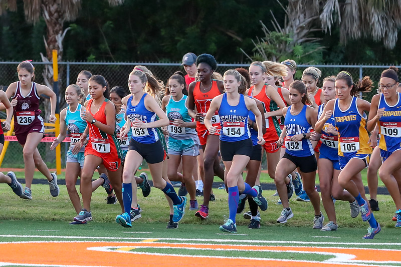 10.13.18 CSN Varsity Cross Country Lely Meet-3.jpg