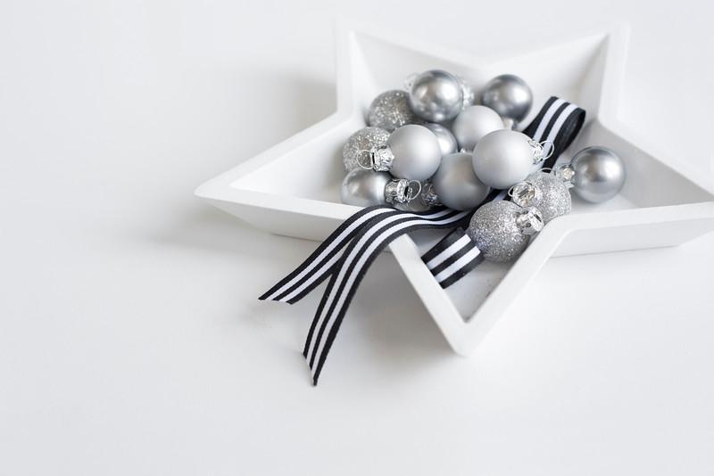 Grey Christmas 6.jpg