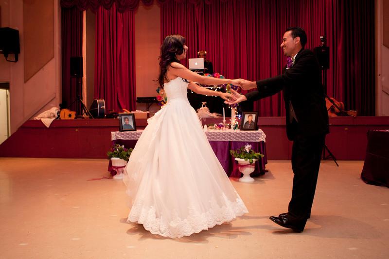 2011-11-11-Servante-Wedding-353.JPG