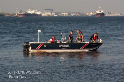 04-16-2012, Marine Rescue, Paulsboro, Gloucester County, Delaware River.