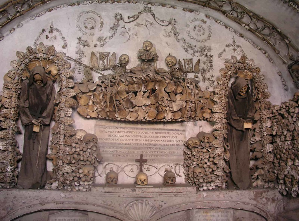 Crypts and catacombs tour in Rome - Capuchin Crypt