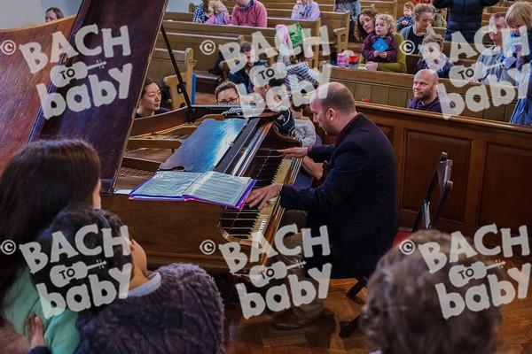 ©Bach to Baby 2017_Laura Ruiz_Teddington_2017-03-18_16.jpg
