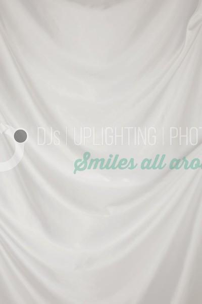 White 02_batch_batch.jpg