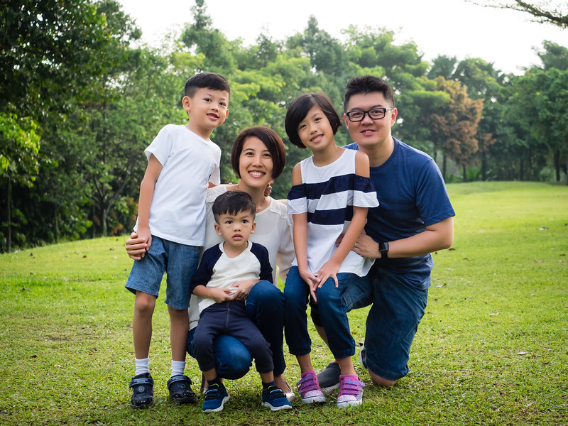 meichi_outdoor_family_photoshoot-2.jpg