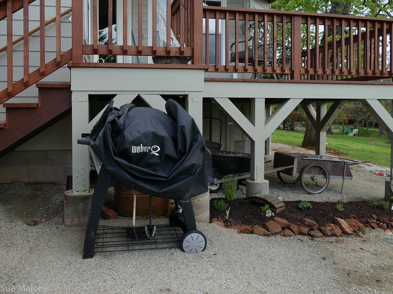 moving the big ungailnly bbq off the deck