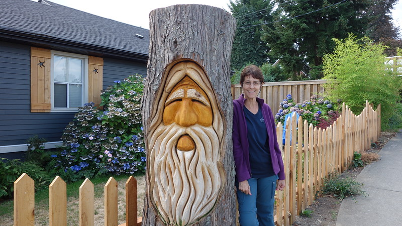 Beautiful carving in the town of Chemanis BC