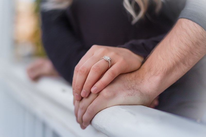 Sunday-Stills_Engagements-0495-Edit.jpg