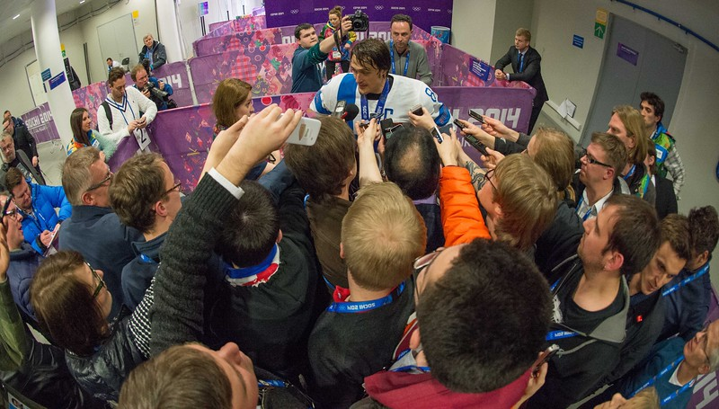 Teemu Selänne at the mixed zone after Finland-USA game