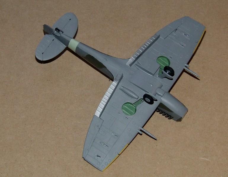 Spirfire Mk.XII, 19s.jpg