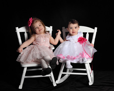Sammie & Macey Easter Pictures
