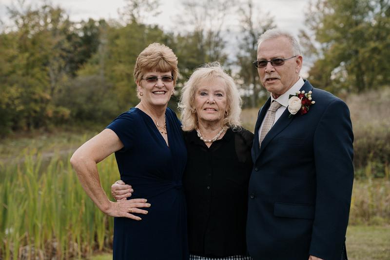rustic_ohio__fall_barn_wedding-266.jpg