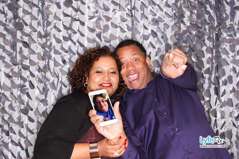 red-hawk-2017-holiday-party-beltsville-maryland-sheraton-photo-booth-0083.jpg