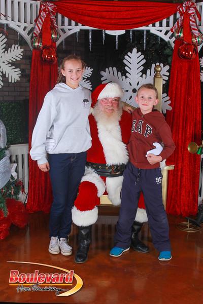 Santa 12-10-16-235.jpg