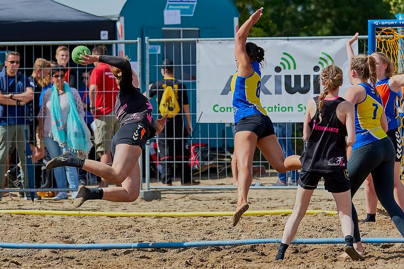 Molecaten NK Beach Handball 2016 dag 1 img 394.jpg