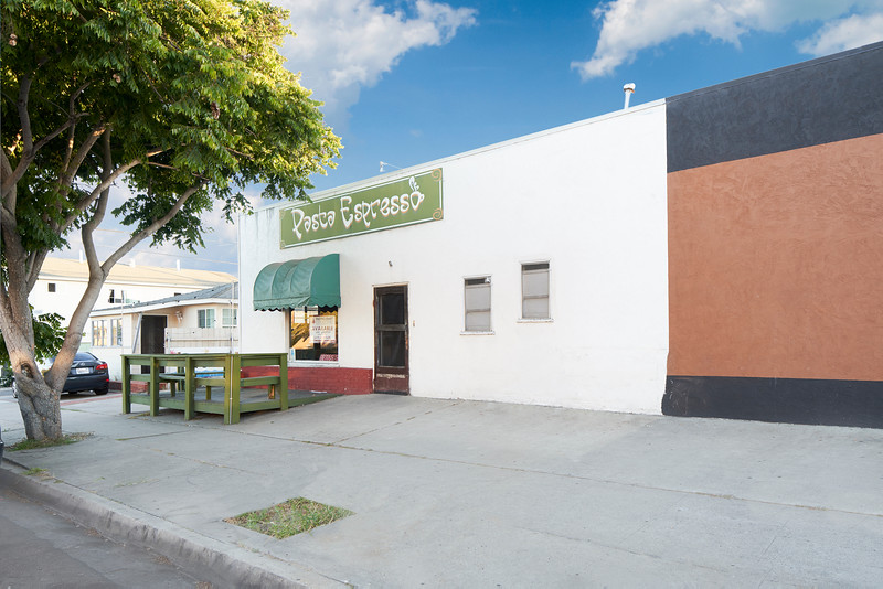 4480 Haines St. San Diego, CA 92109 01.jpg