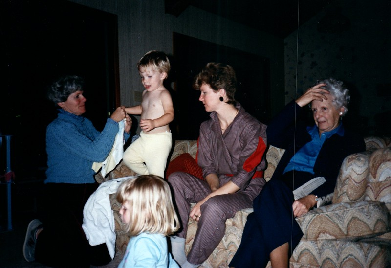 1985_December_Longwood_0007_a.jpg