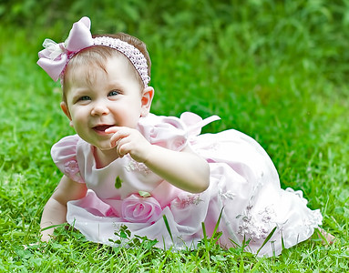 Family Pictures of Children and New Baby Sister