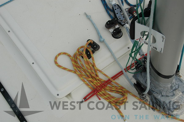 J24 USA 5350 Sailboat Photo Gallery