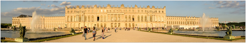 Versailles_Palace_J.jpg