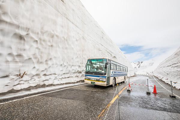 Snow Corridor, Murodo, Alpine Route