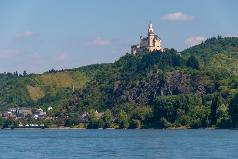 Masrksburg Castle01.jpg