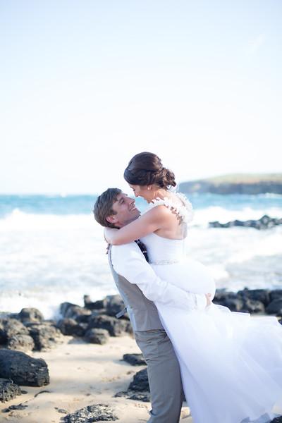 gillin beach kauai wedding-145.jpg