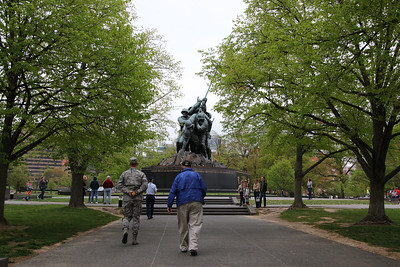 F27 - Marine Memorial