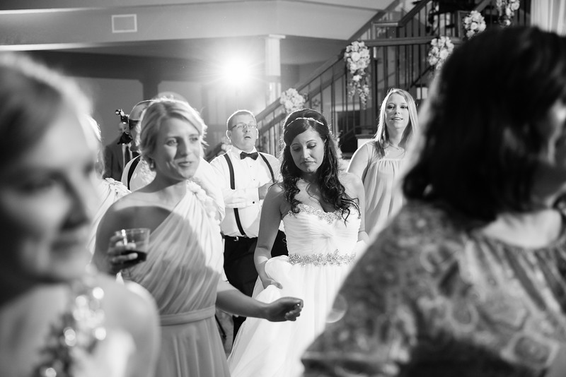1024_Josh+Lindsey_WeddingBW.jpg