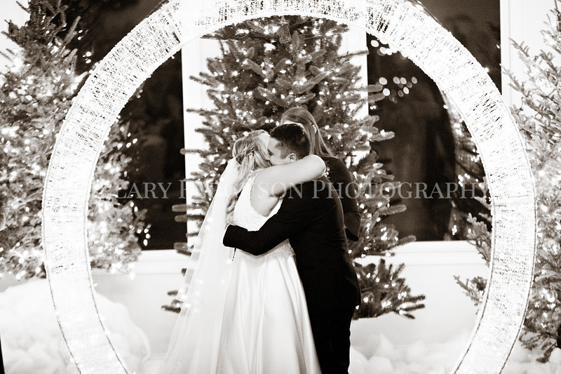 Hillary_Ferguson_Photography_Melinda+Derek_Ceremony110.jpg