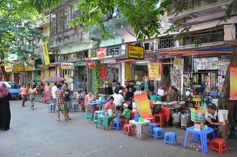 DSC_3608-street-food-tables.JPG