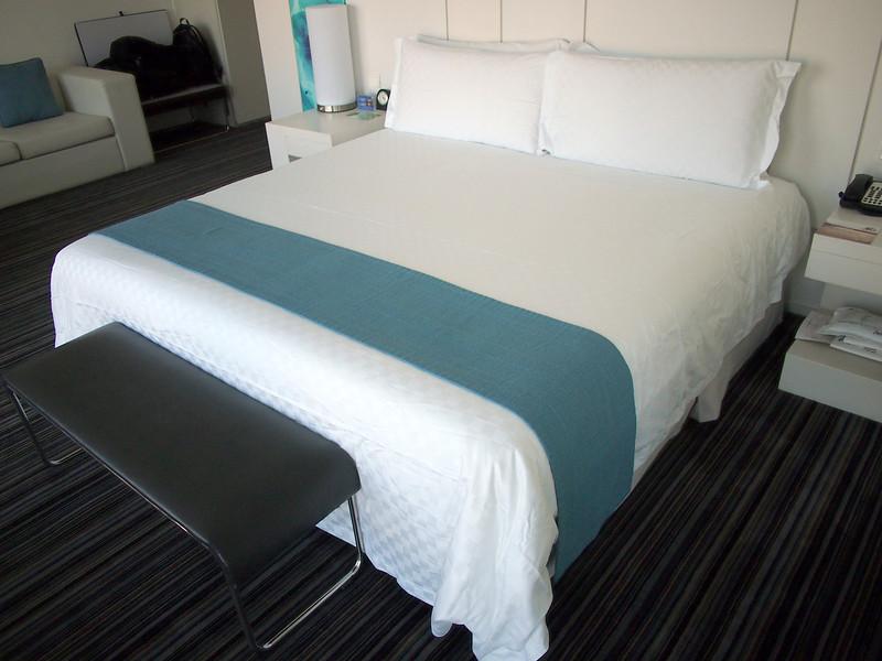 PA134049-bed.JPG