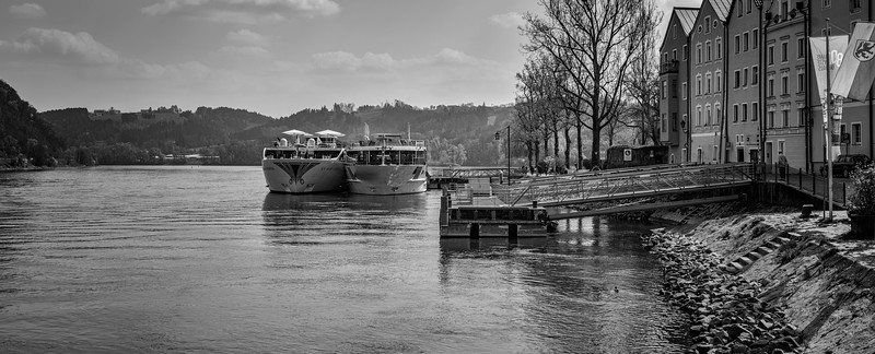 cruisers_docked_bw (1 of 1).jpg