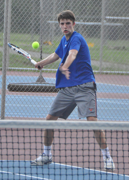 Western tennis competes in Region II tourney 2013