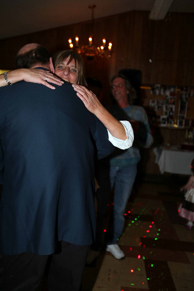 Tim and LindaIMG_8437.jpg