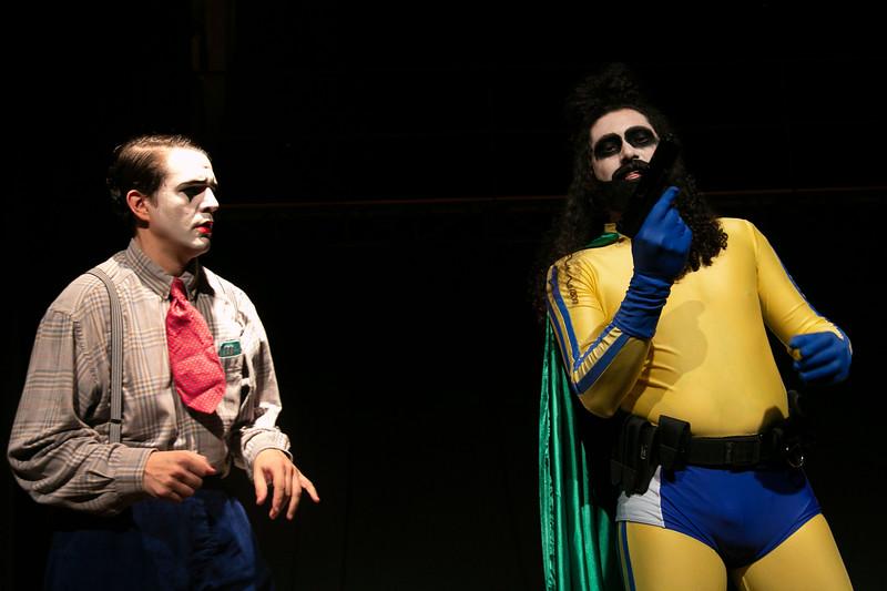 Allan Bravos - essenCIA Teatro - Persona 07-311.jpg