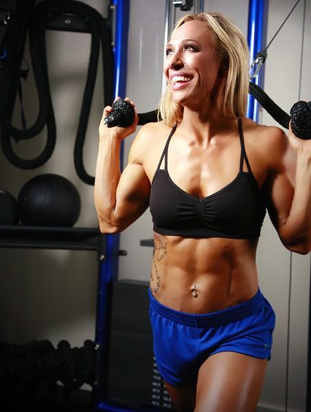 JENNY MESA Fitness Shoot 3242019 A0019AB (1416).jpg