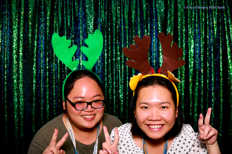 Medtronic Holiday Party -378.jpg