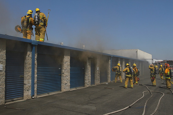 LAFD_STRUCT FIRE_BELLAIRE IC