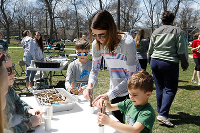 Lake Ellyn Park Earth Day